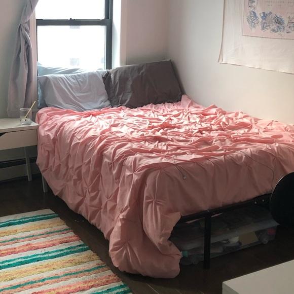 Target Full Queen Pink Comforter